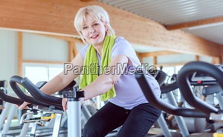 senior woman exercising for better fitness