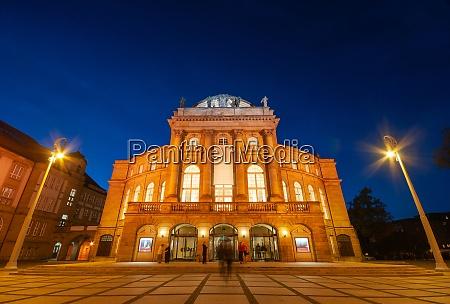 square infront of opera house chemnitz