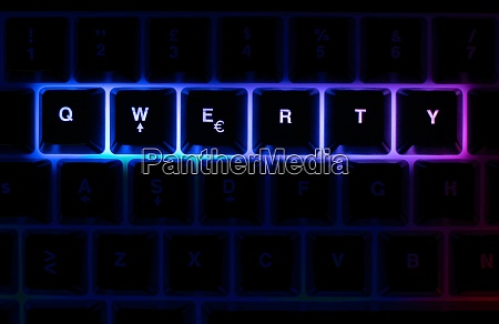 mechanical keyboard with leds and mouse