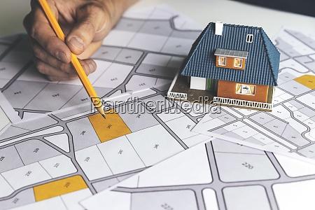 choose a building plot of land