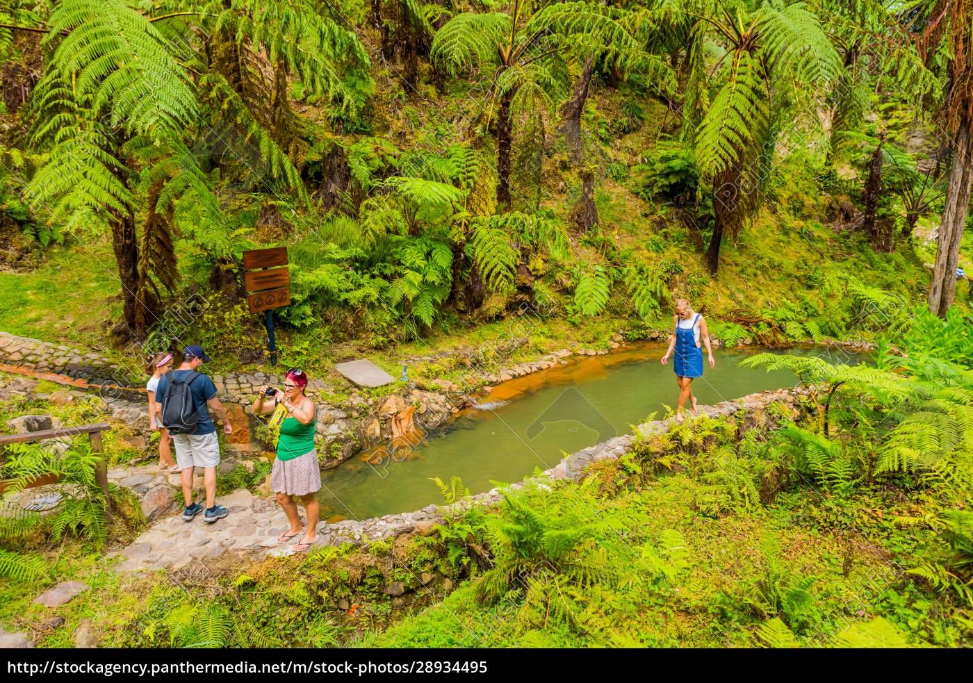 caldeira, velha, tourists - 28934495