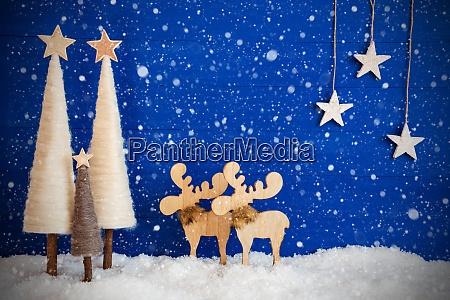christmas tree moose snow copy space