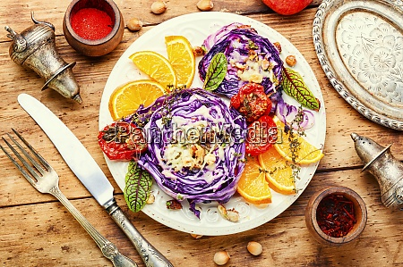baked red cabbage with hazelnuts