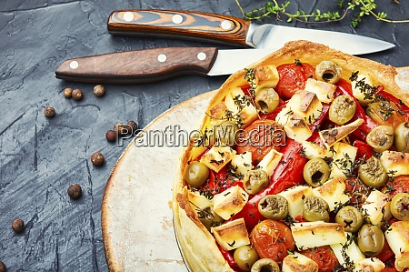 cheesecake with peppers and olives