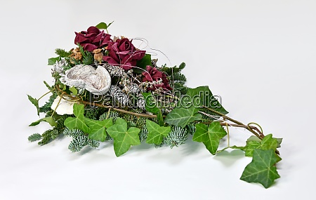 grave arrangement made from dried flowers