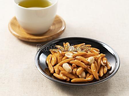 kameda crisps on a cloth background