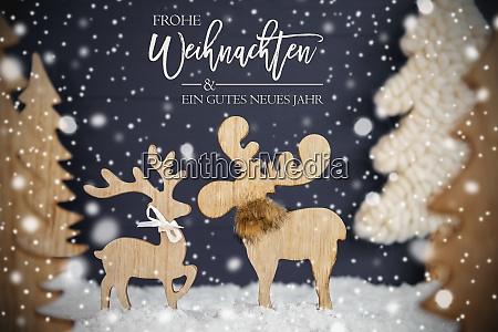 moose couple christmas tree snow gutes