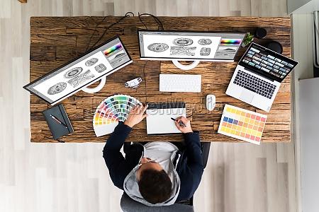 designer editing photos