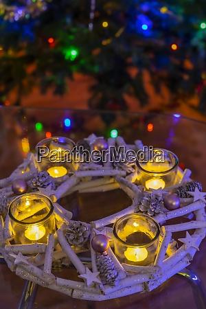 modern advent wreath with christmas tree