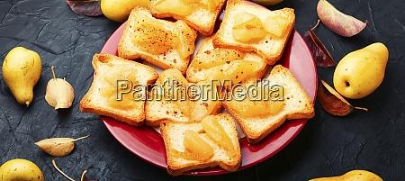 toast with pear jam