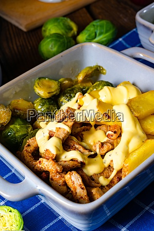 gratinated zurich ragout with brussels sprouts