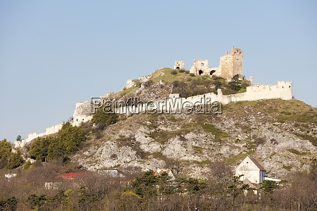 staatz ruins mistelbach district lower austria