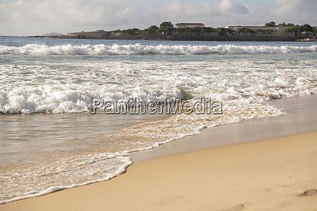 ocean, surf, on, the, beach, of - 29014632