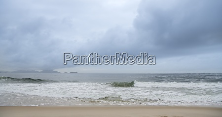 ocean, surf, on, the, beach, of - 29014898