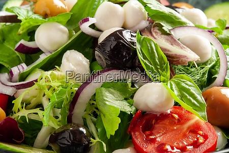 healthy mozzarella salad