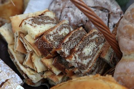 walnut rolls