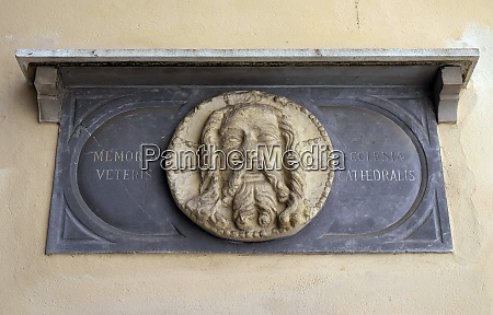 memorial plaque cathedral of st nicholas