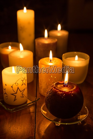 candles on wooden background candlelights for