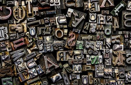 metal type fonts