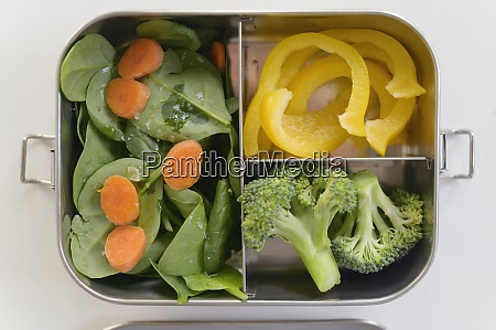 fresh, vegetables, in, lunch, box - 29034133