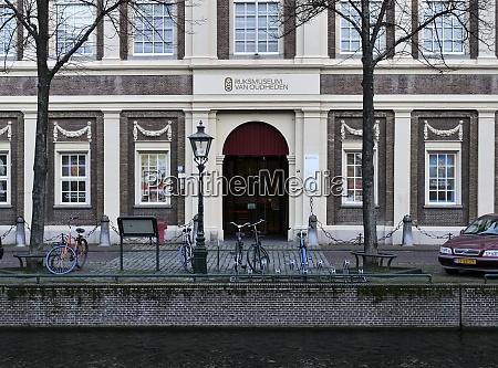 museum rijksmuseum van outheden in leiden