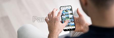 online social website on mobile phone