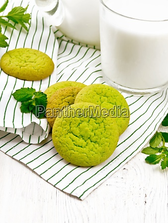 cookies mint with napkin on wooden