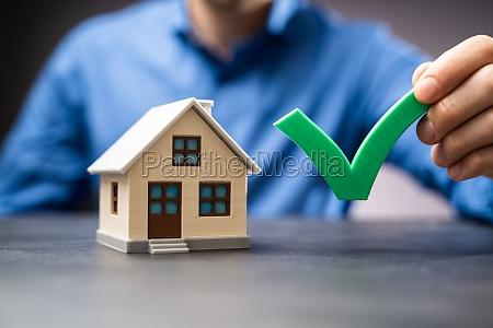 house buy checklist