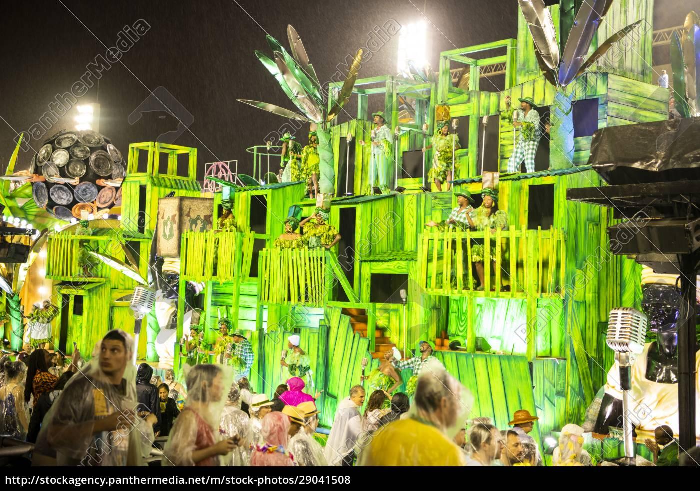 samba, parade, at, the, 2020, carnival, champions - 29041508