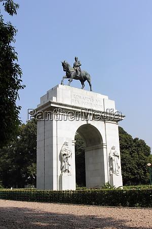 edwards vii rex imperator statue southern