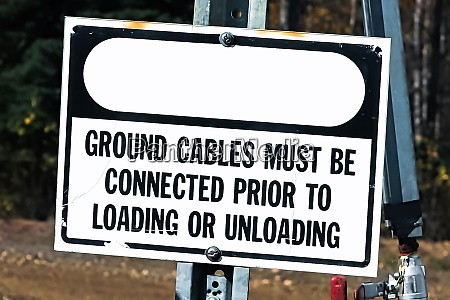 a ground cables must be connected