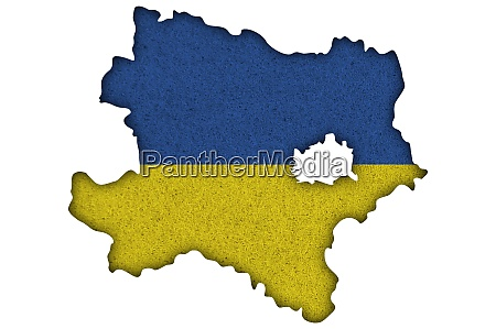 map and flag of lower austria