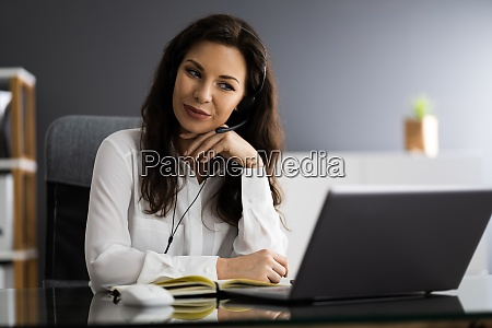 virtual personal assistant woman making video