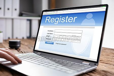 filling online website registration form