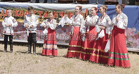 performance of the childrens cossack choir