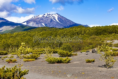 views of kozelsky volcano and the