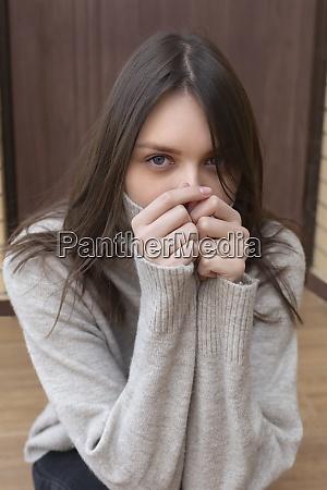 portrait beautiful young brunette woman in