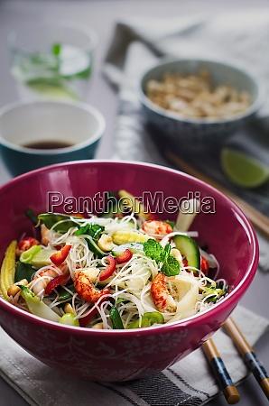 vietnamese crayfish noodle salad