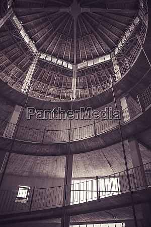 spiral footpath inside emptyparkhouse