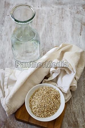 ingredients for making rice milk