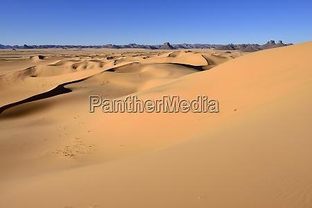 africa algeria sahara tassili nZajjer national