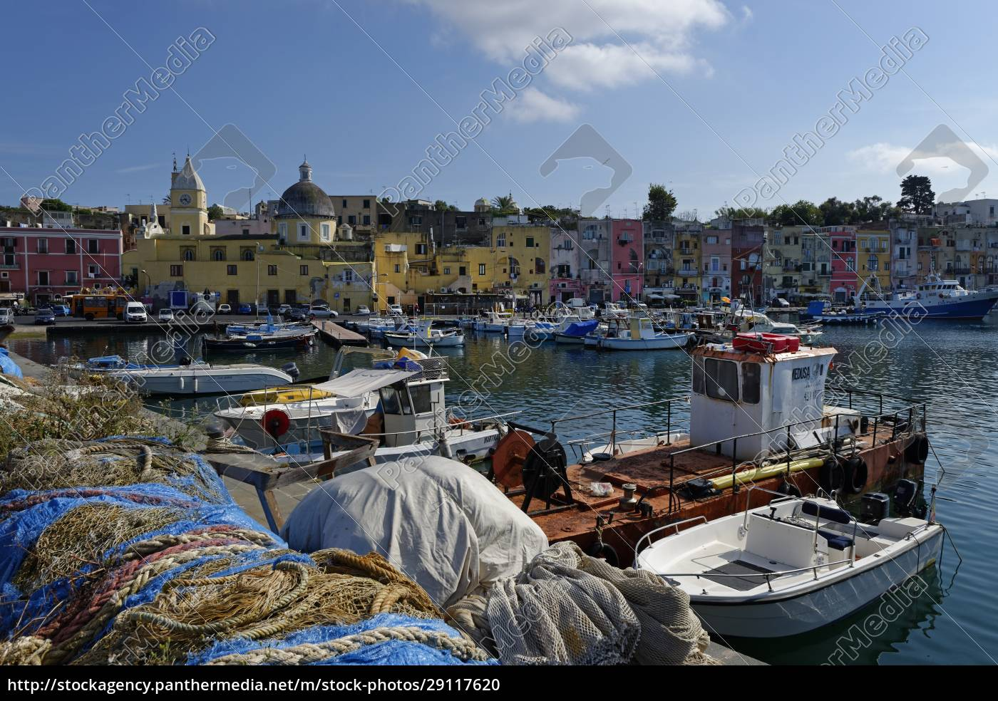 italy, , campania, , phlegraean, islands, , procida, , marina - 29117620