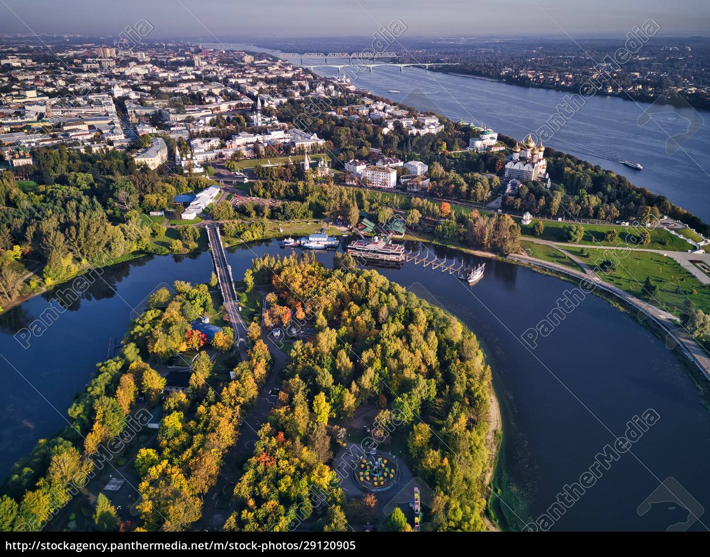 aerial, view, of, park, at, strelka - 29120905
