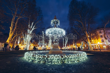 illuminated decorations on fountain at zrinjevac