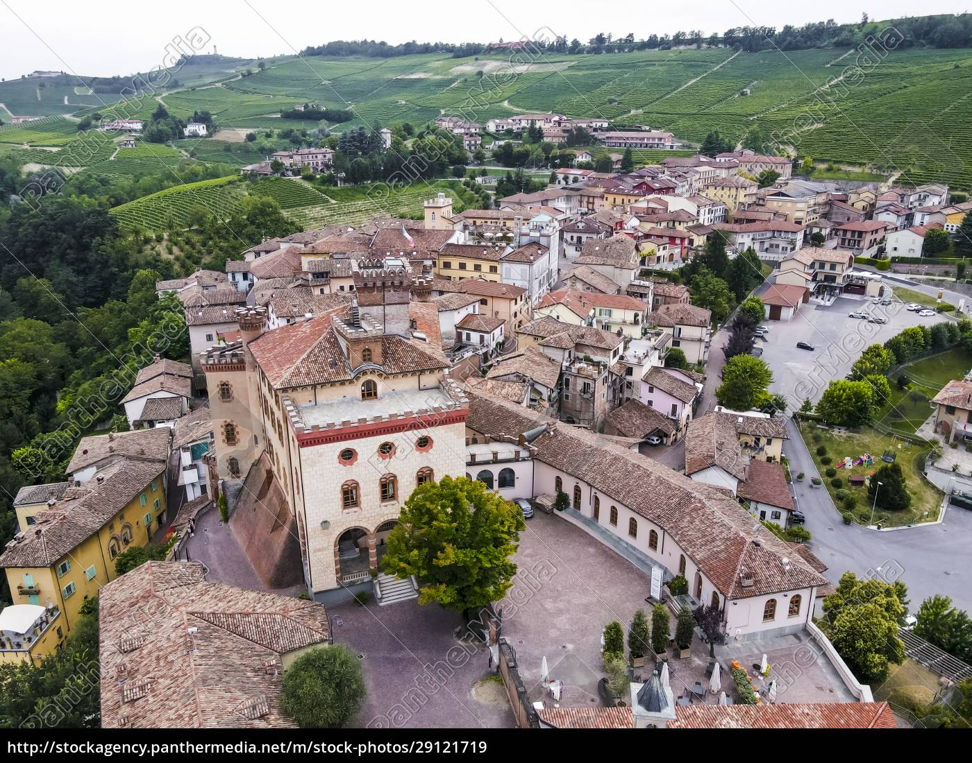 drone, view, of, old, rural, town - 29121719
