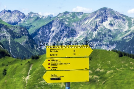 directional sign in tannheimer tal