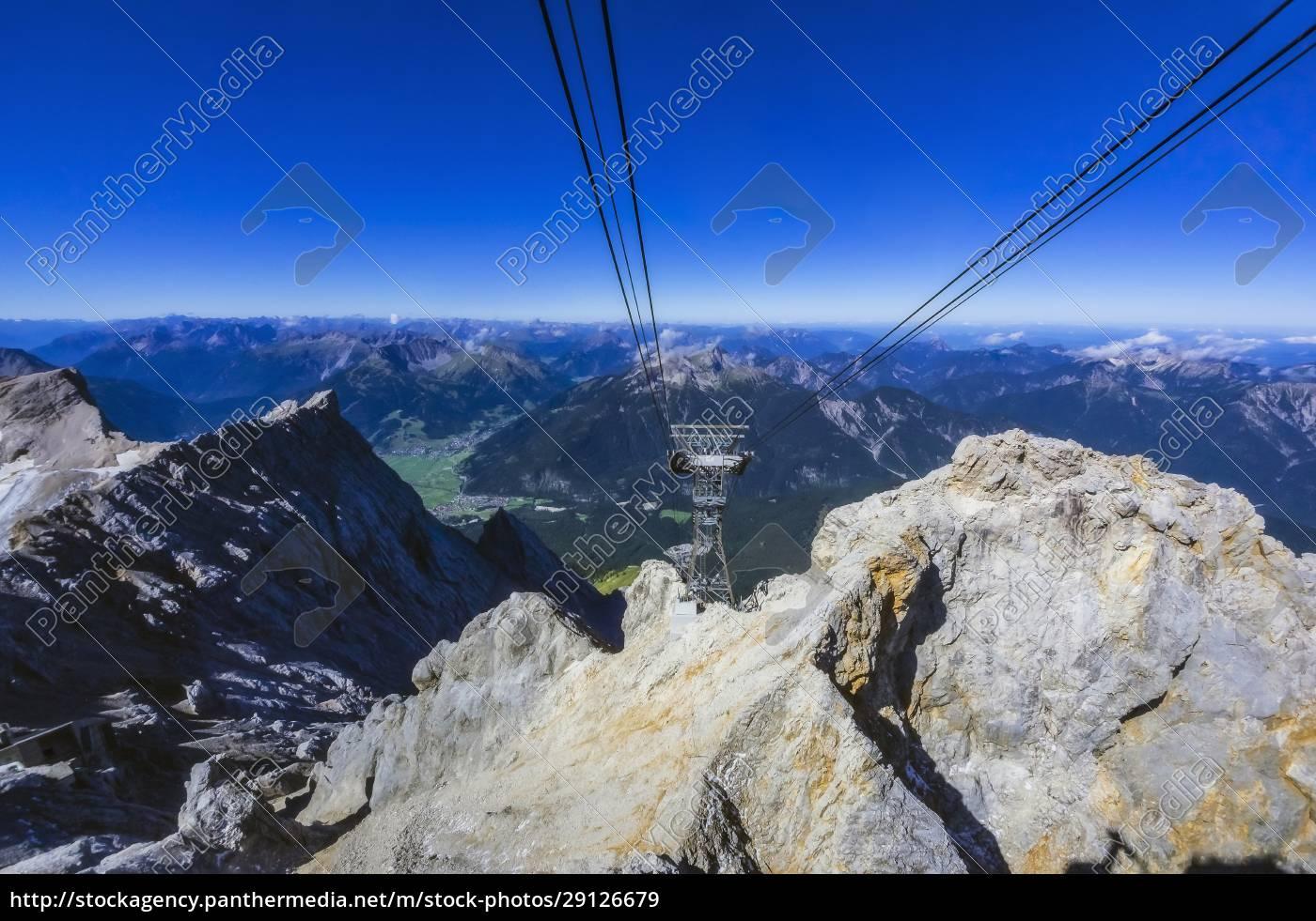 austria, , tyrol, , ski, lift, in, wetterstein - 29126679