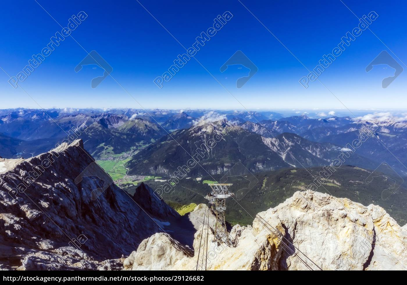 austria, , tyrol, , ski, lift, in, wetterstein - 29126682