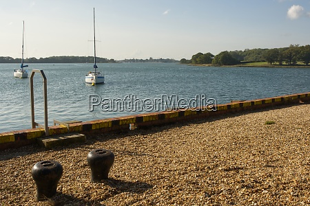 waterside at dell quay west sussex