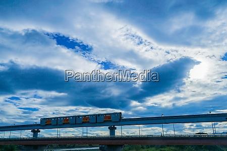 standing date bridge and tama monorail